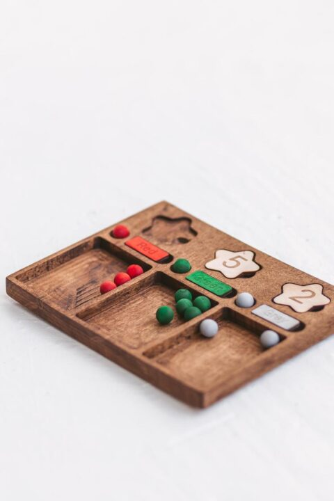 Woodinout wooden Colors, numbers and counting board